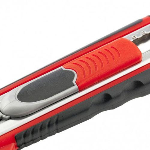 Нож 18мм, выдвижное лезвие QUICK BLADE металлическая направляющая, двойная фиксация, эргономичная двухкомпонентная рукоятка MATRIX-2