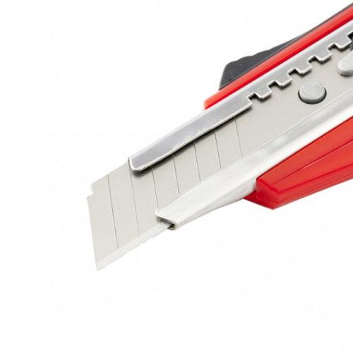 Нож 18мм, выдвижное лезвие QUICK BLADE металлическая направляющая, двойная фиксация, эргономичная двухкомпонентная рукоятка MATRIX-3