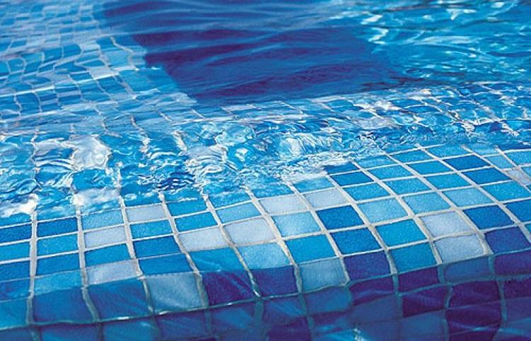 выбираем плиточный клей для бассейнов