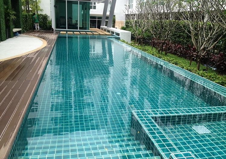 как выбрать плиточный клей для открытого бассейна