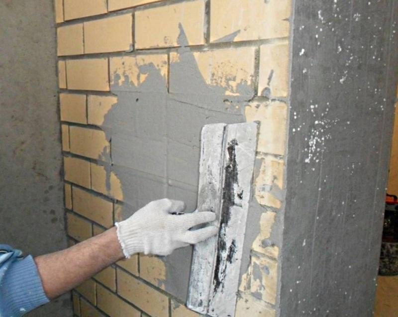 Оштукатуривание стен. Какую штукатурку выбрать в зависимости от основания стены
