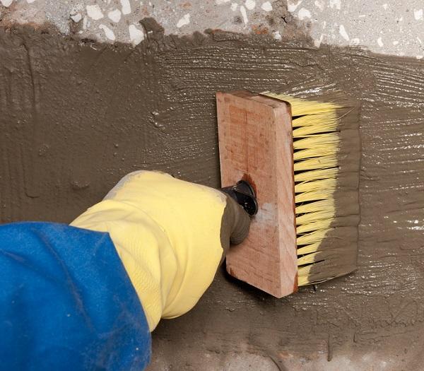 Обмазочная цементная гидроизоляция стен – преимущества и технология нанесения