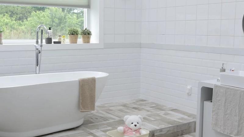 Ремонт плиточного пола в ванной