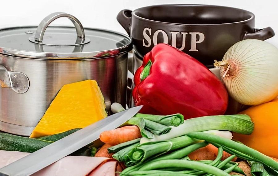 7 способов увеличить пространство для хранения на маленькой кухне
